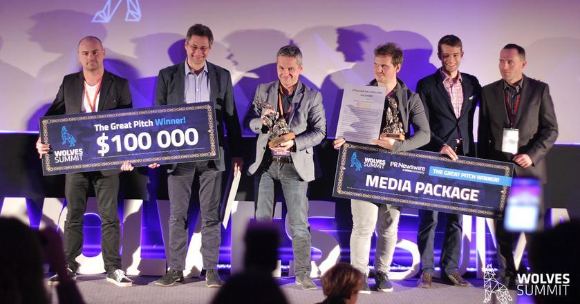 Zeszłoroczni zwycięzcy konkursu dla startupów podczas Wolves Summit