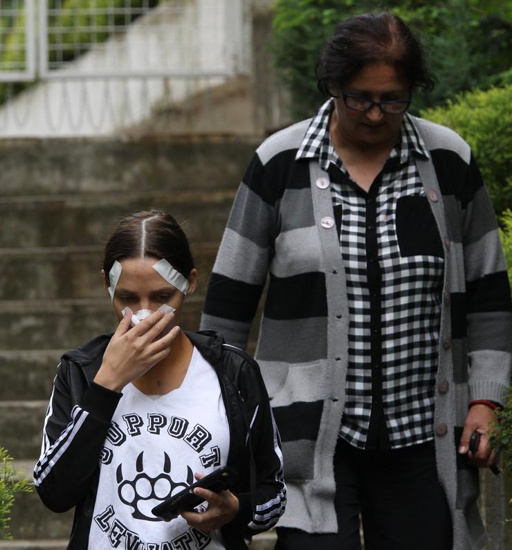 Nataša Šavija posle operacija sa majkom