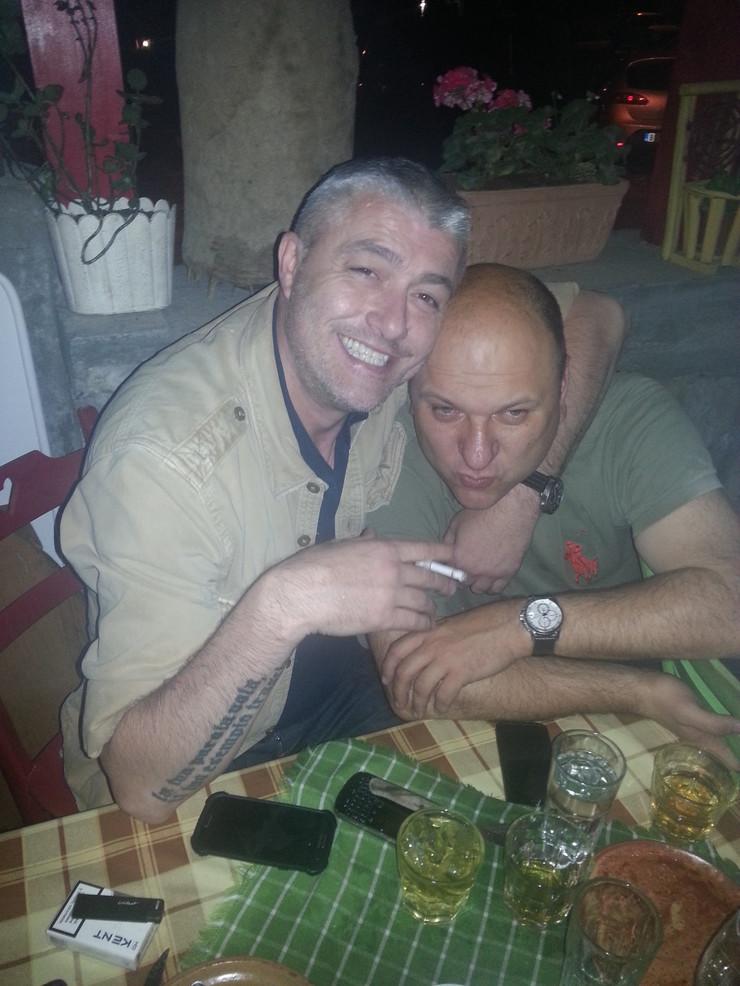 423540_fido-i-danilovic-01