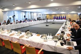 Kopcińska zaprasza do okrągłego stołu. 'Jesteśmy otwarci na dialog'