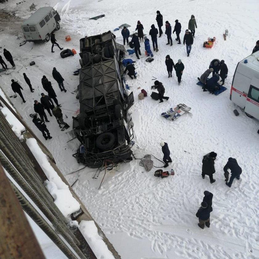 Tragiczny wypadek autokaru w Rosji