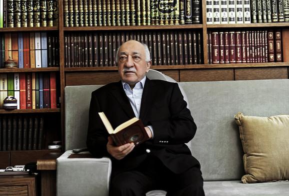 Fetulah Gulen: Nekada najveći saveznik, a danas arhineprijatelj Redžepa Tajipa Erdogana
