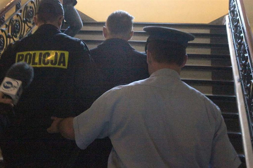 Dyrektor więzienia, który zadźgał skazanego: Nie wiem czemu to zrobiłem