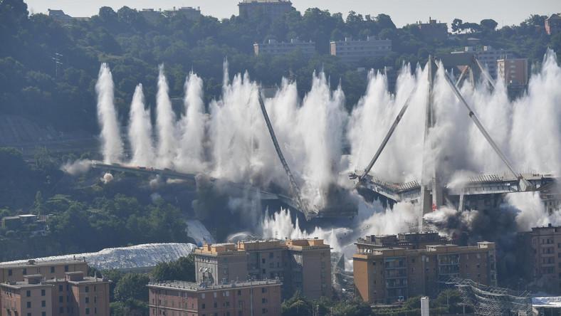 Eksplozję poprzedził dźwięk syren alarmowych w mieście, gdzie w stan gotowości postawiono kilka tysięcy funkcjonariuszy wszystkich służb.