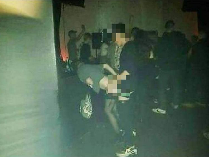 U noćnim klubovima Beograda dešavaju se OVAKVE STVARI: O ovoj fotografiji danas priča CELA SRBIJA, a jednu VAŽNU STVAR na njoj niko nije shvatio