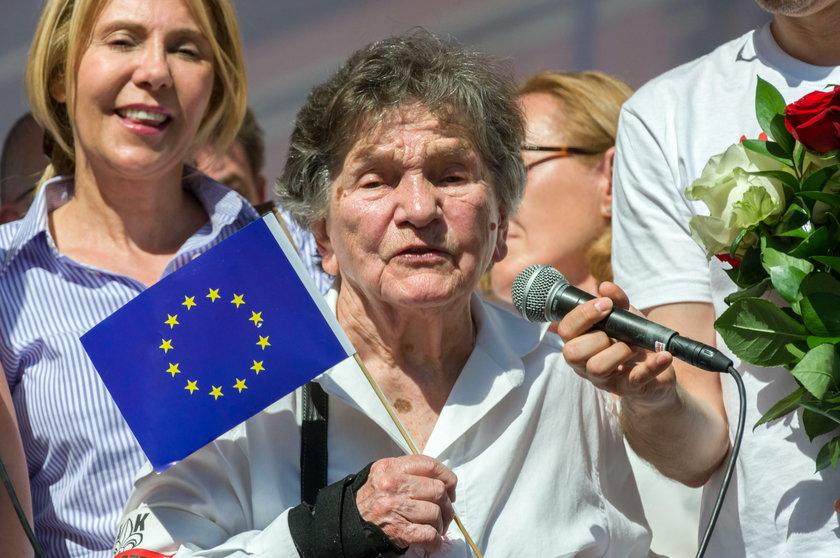 Wiadomości: Kombatantka z Sejmu była zmanipulowana