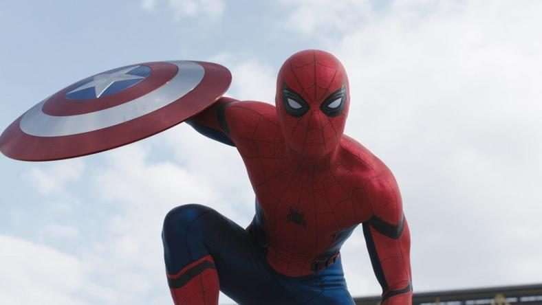 "First look at Spider-Man in ""Captain America: Civil War"""