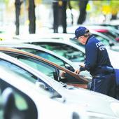 """""""NE PIŠITE NAM KAZNU, U BOLNICI SMO...""""  Sugrađanka je ostavila poruku na autu, a onda se OGLASIO i """"Parking servis"""""""