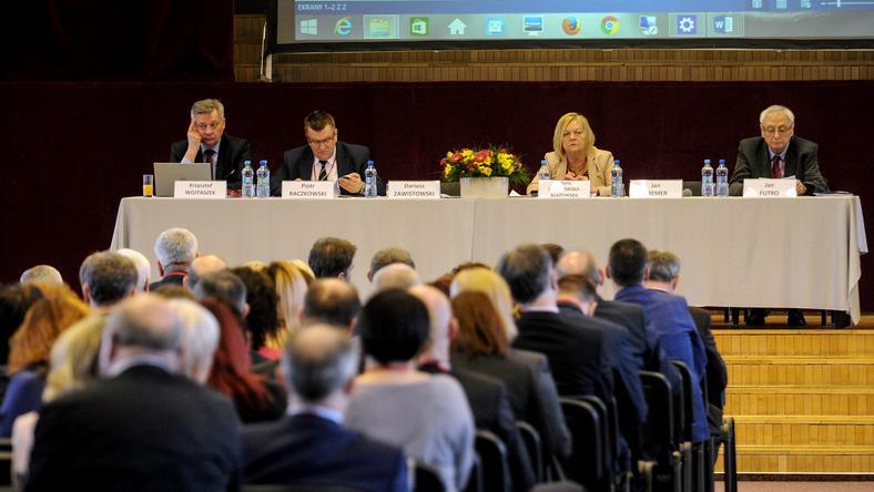 Sędziowie z całego kraju debatowali dziś w Warszawie o rządowych planach zmian przepisów o KRS