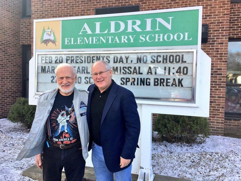 Buzz Aldrin z synem