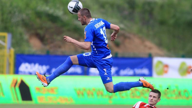 Daniel Sikorski (w niebieskiej koszulce)