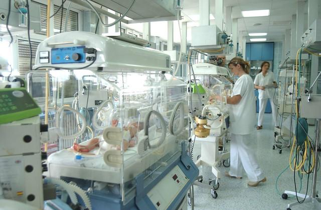 Inkubatori kao sastavni deo porodilišta