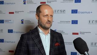 Piotr Beńke z IBM o zdalnej nauce: Byliśmy w stanie zapewnić podstawowe funkcje szkoły [WIDEO]