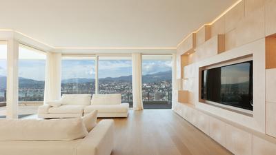 Najdroższe telewizory na rynku. Co jest w stanie zaoferować telewizor w cenie mieszkania?