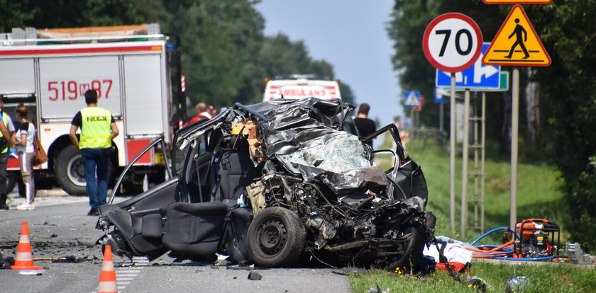 Wypadków na polskich drogach było mniej, ale były bardziej tragiczne
