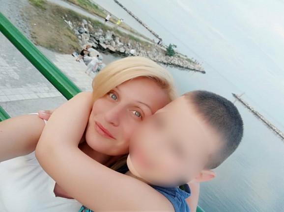 Vesna Velinovski i njen sin Milan Levkić