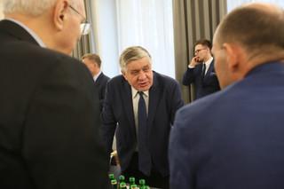 Jurgiel: Będzie akcja informacyjna ws. składania e-wniosków o dopłaty bezpośrednie