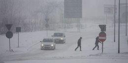 Śnieżyce w Polsce. Tysiące ludzi wciąż bez prądu