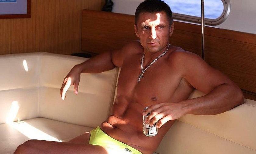Nagie zdjęcia radnego Olega Suchowa wędrują po sieci