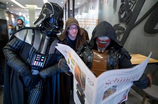 W Hollywood ostatnie przygotowania przed premierą 'Gwiezdnych Wojen'