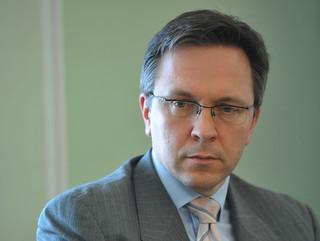 Rybiński: Nadciąga tsunami budżetowe. Ministrowi rzednie mina