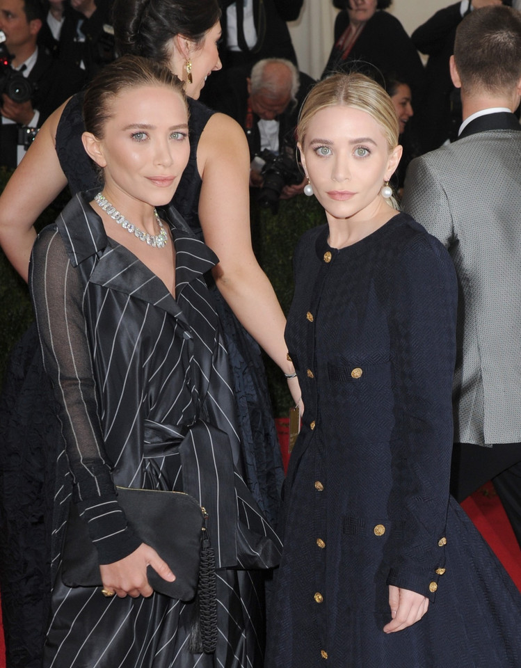 Mary-Kate i Ashley w 2014 roku