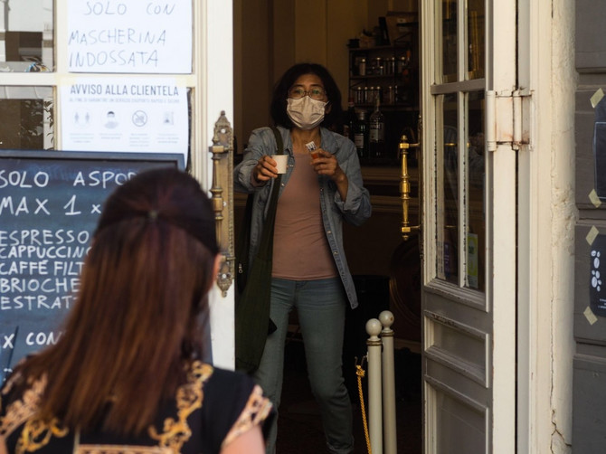 Mere opreza u kafićima u Italiji