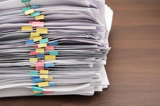 W wyjaśnieniach UZP wskazano również, jakie dokumenty powinny być składane w oryginale, a przy jakich można uwzględnić kopię poświadczone za zgodność z oryginałem.