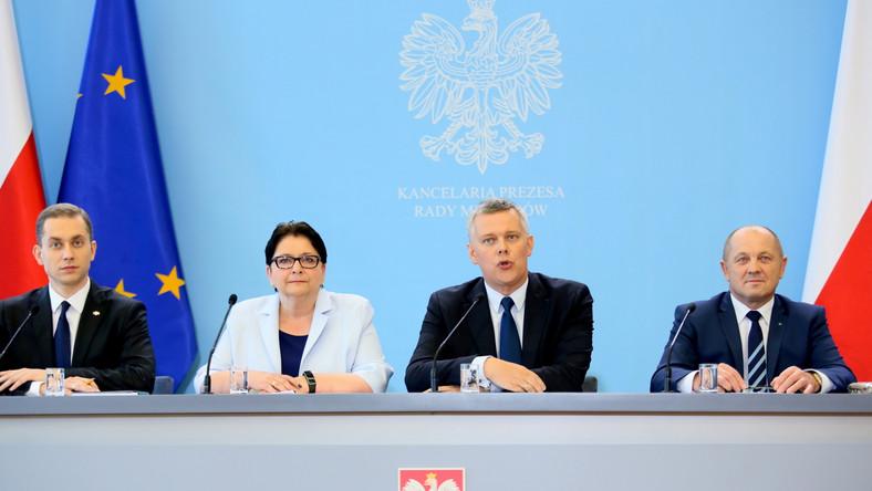 Tomasz Siemoniak, Teresa Piotrowska, Marek Sawicki i Cezary Tomczyk