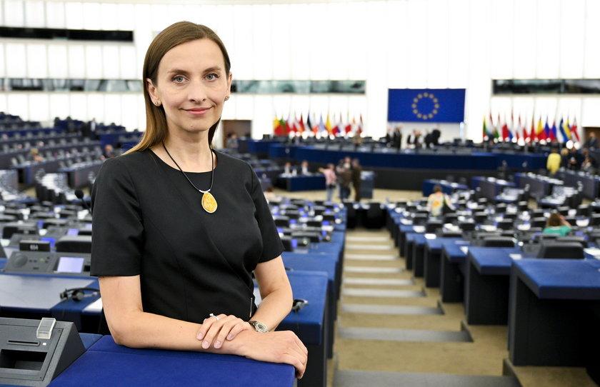Sylwia Spurek chce zdelegalizować wędkarstwo. W internecie zawrzało