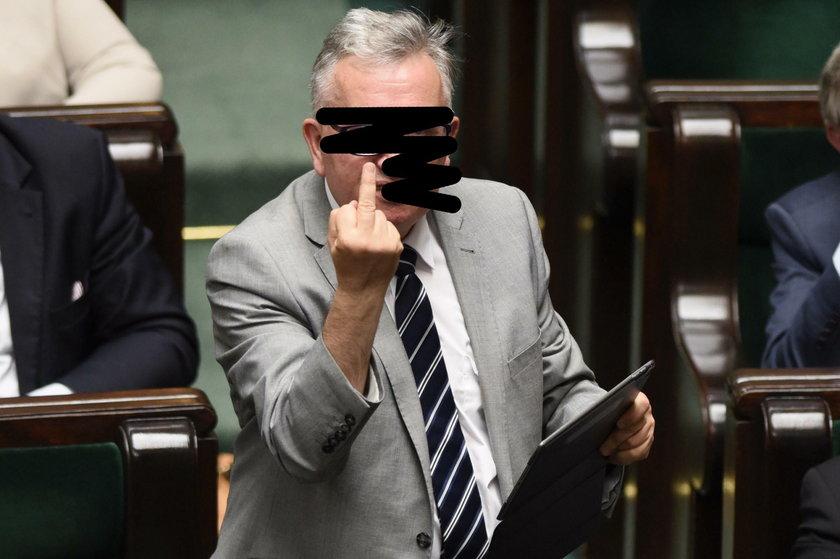 Takich zdjęć polityków już nie zobaczycie!
