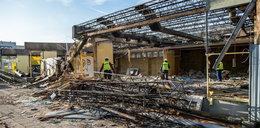 Trwa rozbiórka pawilonów na poznańskim Świcie
