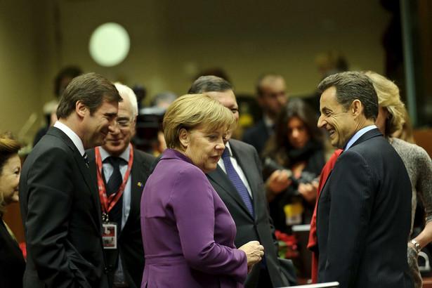 Niemcy i Francja ustami przywódców są przeciw udziałowi w szczytach euro państw spoza strefy. Włochom to nie przeszkadza