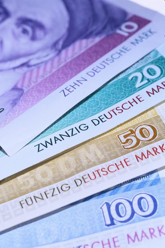 Nemačke marke još su u opticaju