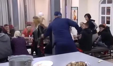 MIKI POLIO NADEŽDU: Pevačica doživela nervni slom, evo šta je sada uradila! (VIDEO)
