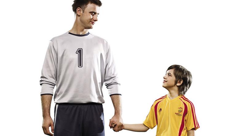 Młodzi zwycięzcy akcji McDonald's Polska będą towarzyszyć naszym piłkarzom na Euro 2008. Akcję wspiera bramkarz kadry Artur Boruc