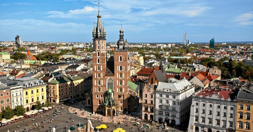 Widok na Kraków ze szczytu wieży ratuszowej