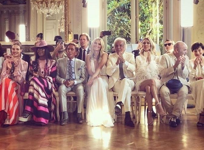 U prvom pored kreatora Valentina sedele su Naomi Kembel, Gvinet Paltrou i Selin Dion