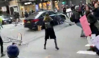 Samochód wjechał w uczestników protestu. Sześć osób rannych