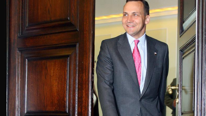 Radosław Sikorski:Prezydent może mnie zaprosić zawsze, nawet do klatki
