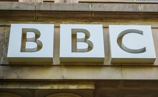 Antyszczepionkowcy próbowali się wedrzeć do dawnej siedziby BBC