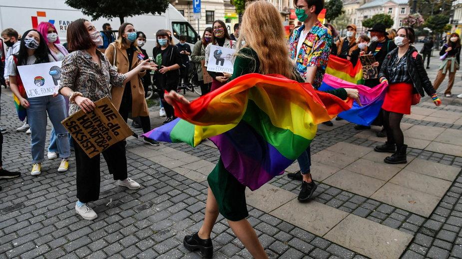 Ambasada RP odpowiada na artykuł CNN nt. tzw. stref wolnych od LGBT