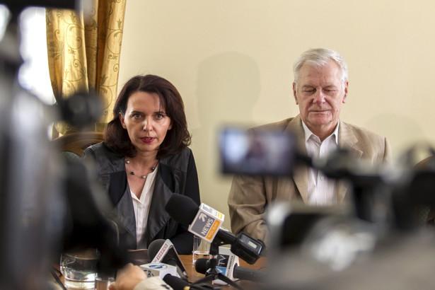 Prawniczka wałbrzyskiego urzędu Maria Majewska, mówi, że sprawa przerasta możliwości gminy
