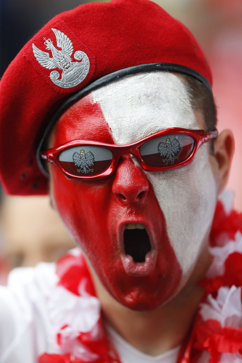 Gigantyczna flaga wesprze Polaków w meczu z Portugalią