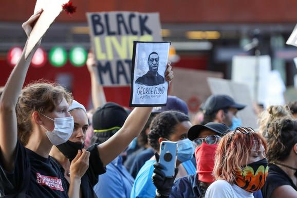 Protest u Njujorku zbog smrti Džordža Flojda