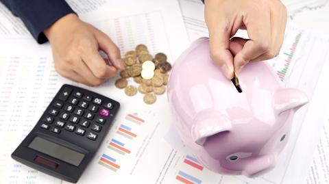 Polacy nadal mają problem z oszczędzaniem