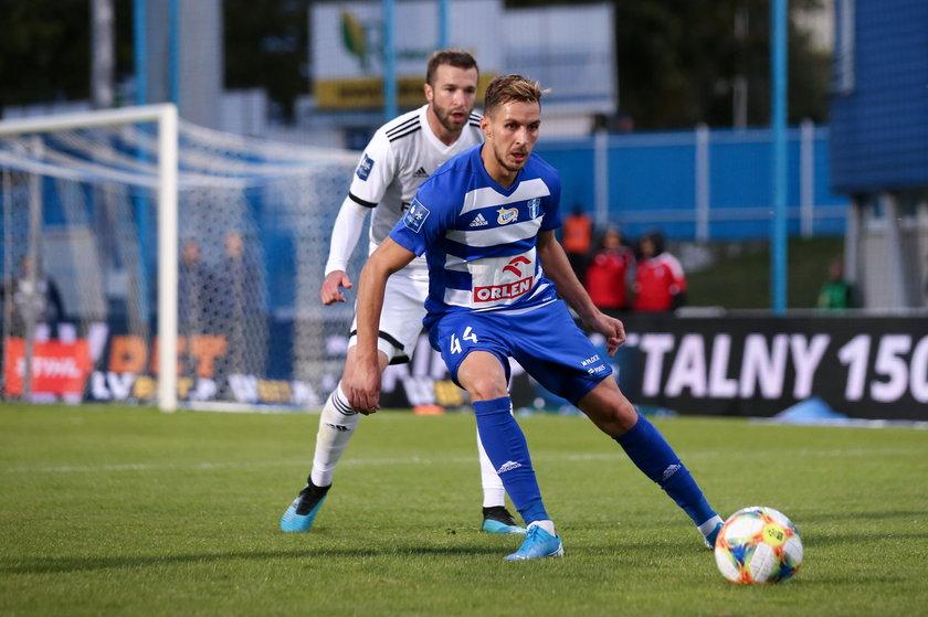 Kosowianin był w euforii, która po roku doprowadziła piłkarza do rozpaczy.