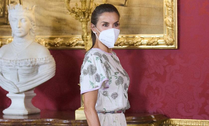 Królowa Hiszpanii Letizia wystąpiła w sukience teściowej sprzed 40 lat.