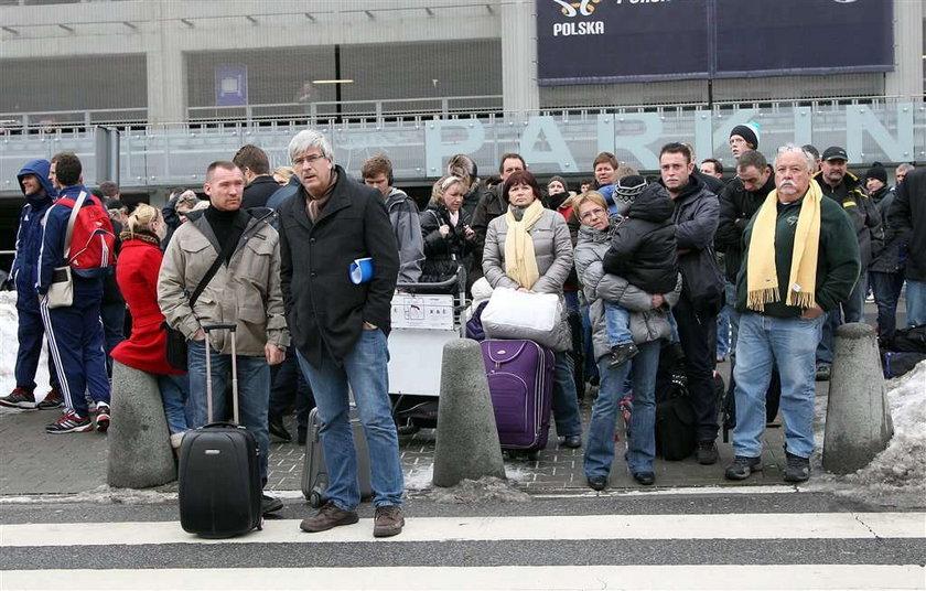Konserwy sparaliżowały lotnisko w Krakowie!