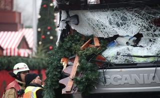 Niemcy: Poszukiwany zamachowiec zgubił w ciężarówce portfel